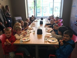 PreK Visits Downtown Gardiner